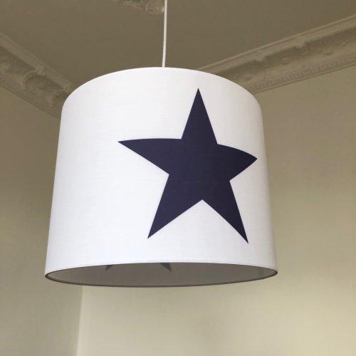 Hängelampe ROOMSTAR weiss mit Stern blau, 35cm Diameter